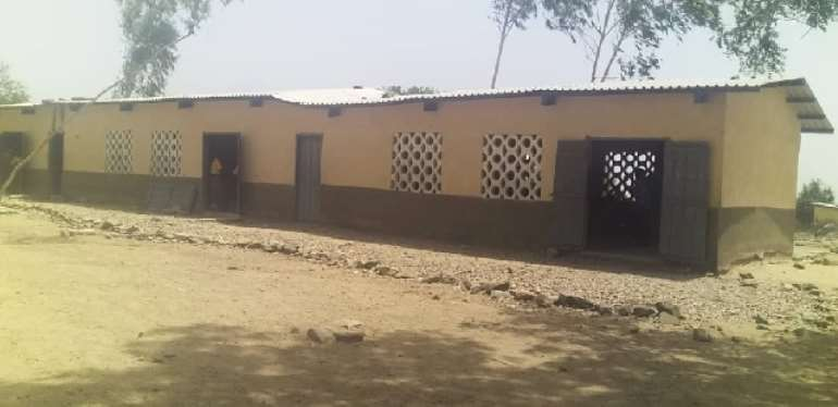 Media Skewed Reports On Naamoansa Primary, JHS; They Don't Study On Bare Floor — Assemblyman