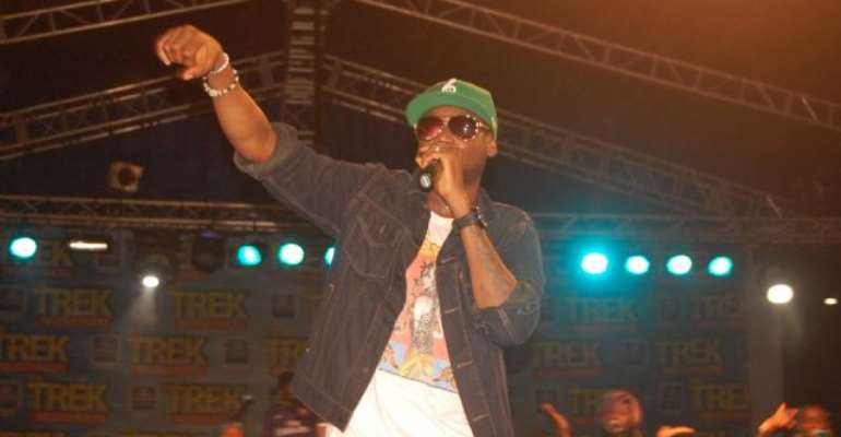 """""""Remain Dedicated…You'll Succeed"""" 2face and Mr. Raw Advise Upcoming Artistes"""