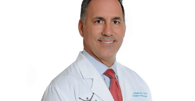Dr. Alejandro Badia