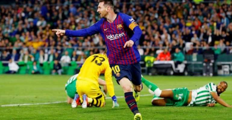 Incredible Messi hat-trick earns standing ovation from Betis fans