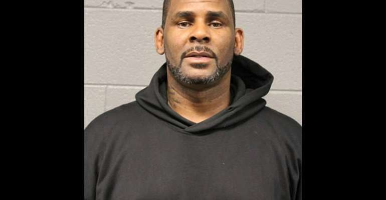 R. Kelly Sings Birthday Song For His Daughter Amidst Rape Allegations