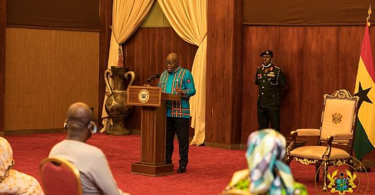 Akufo-Addo Commends Market Women For Allowing Fumigation Exercise