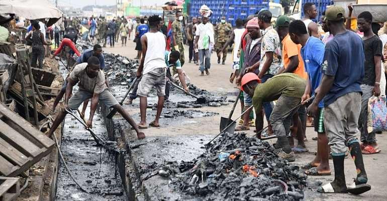 Covid-19: Gov't Cleans  Agbogbloshie Market