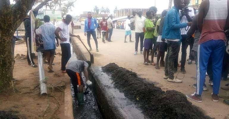 MMDAs Undertake Clean Up Exercise In Agona, Gomoa Amid Rains