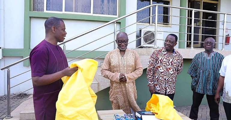 Coronavirus: GIPC Donates To Ghana Health Workers To Combat Spread