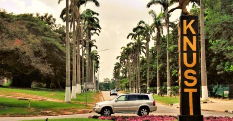 Management of KNUST joins SRC to mourn students killed in crash