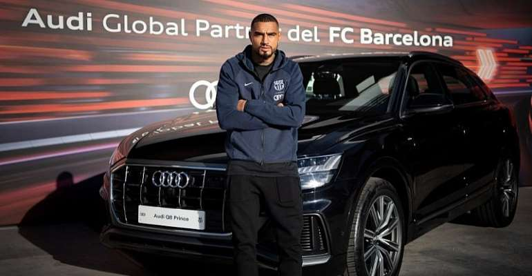 KP Boateng Pose With New Audi Q8 Car At Barcelona