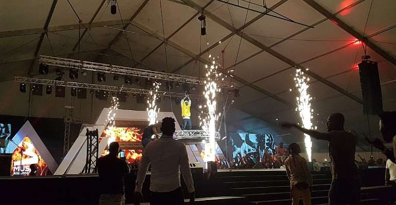 Shatta Wale Crowned Artist Of The Year At 3 Music Awards 2019