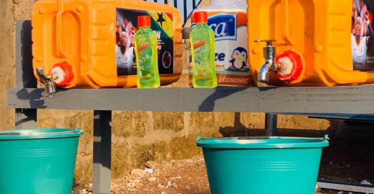 Coronavirus: Andre Ayew Donate Items To to Tamale Metropolis Fight Pandemic [PHOTOS]
