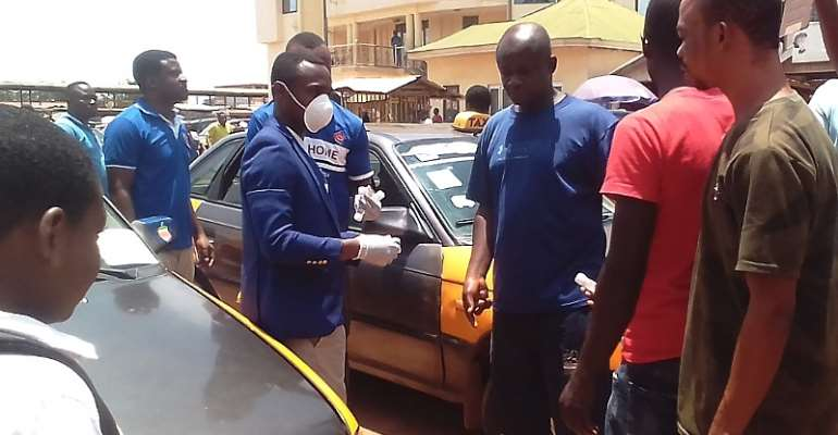 Sunyani Drivers Get Free Hand Sanitizers