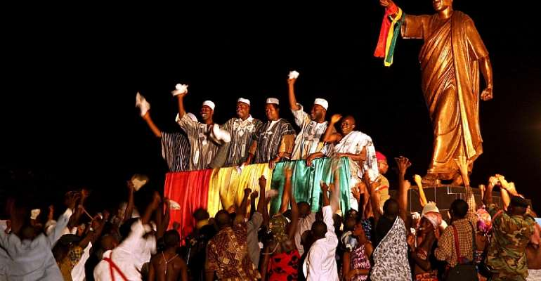 Dance troupes mark the anniversary of Ghana's independence in the grounds of Kwame Krumah's masuoleum in Accra in 2007. - Source: EPA/Tugela Ridley