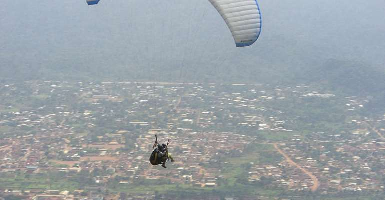 Paragliding near Nkawkaw draws thousands of visitors every April - Source: