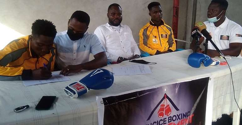Bronx Gym's Emmanuel Quartey and Felix Nelson signed by Yungice Management