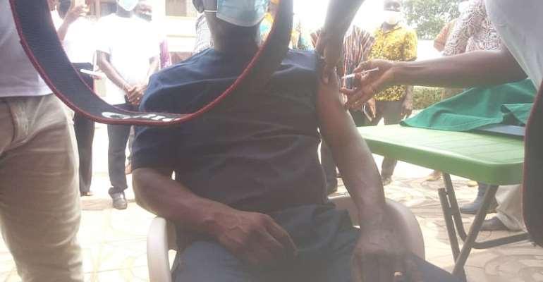 Ablekuma North MCE takes covid-19 jab as vaccination exercise begins