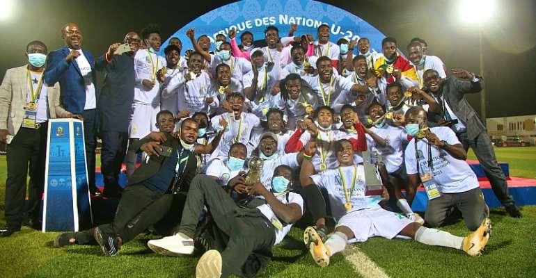 Black Satellites celebrate after winning 2021 U-20 AFCON