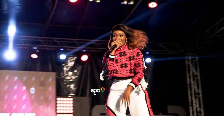 Wendy Shay shells the VGMA nominees jam with a massive performance
