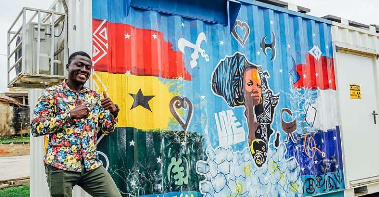 Painted mobile clinics: innovative Dutch vision on battling TBC