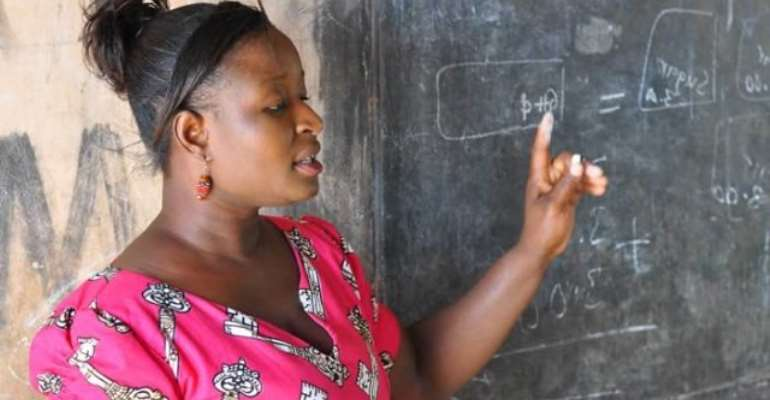 Teachers Hot As Minister Proposes First Degree For Minimum Requirement