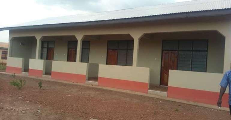 Salaga: MP Donates PPEs To Hospital, Hands Over Quarantine Center