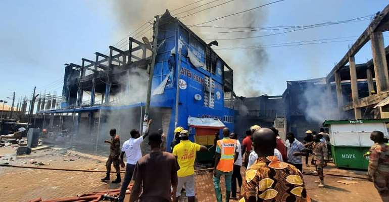 Fire ravages two-storey building at Techiman market