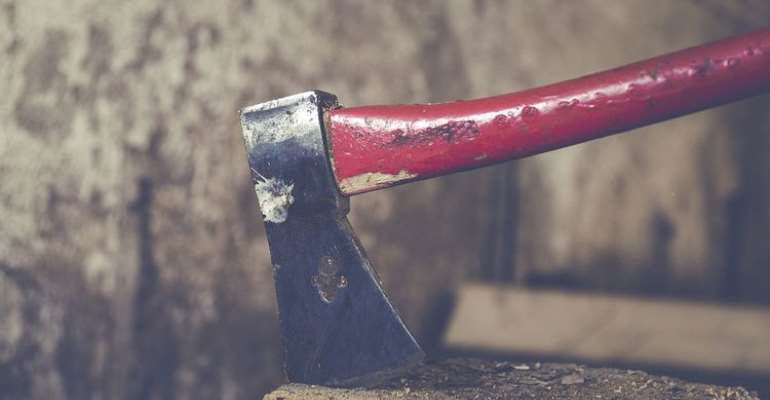 A/R: Man lynched with axe, clubs, machetes at Ntonso