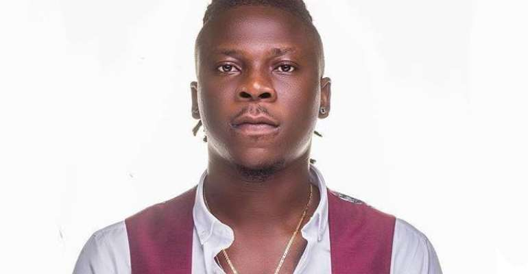 St. Roses Senior High thrown into frenzy as Stonebwoy shows up
