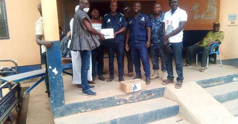 COVID-19: NPP Parliamentary Aspirant Donates PPEs To Zebilla Police Station, Health Directorate