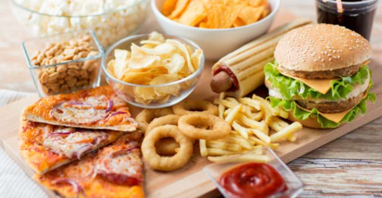 6 Signs You Are Addicted To Junk Food
