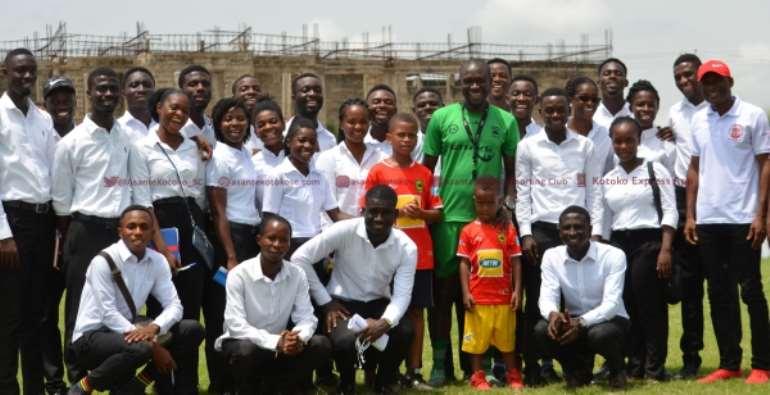 C. K. Akonnor Mentors UCC Student Coaches
