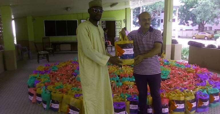 Ambassador Abdulfattah Ahmed Khali Alsattari with the Chief of the Zabrama community in Ghana