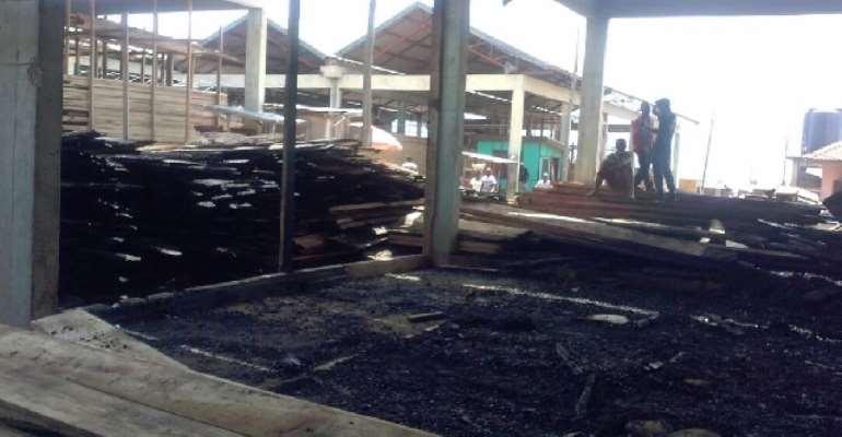 A/R: Fire destroys 10 shops at Sokoban Wood Village in Kumasi