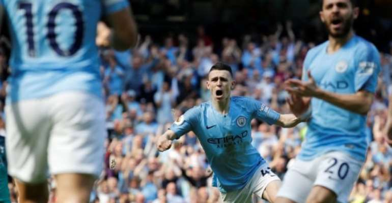 Man City Hold On Against Tottenham To Go Top