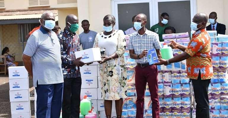 Upper Manya: Hon. Boakye Agyarko Supports Asesewa Gov't Hospital With PPEs