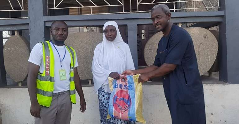 Hijrah TV And Zongo Youth UK Reach Out To 500 Vulnerable Zongo Dwellers