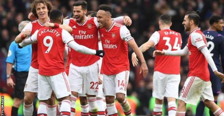 Arsenal's players will receive some of the money back if they hit targets on the pitch