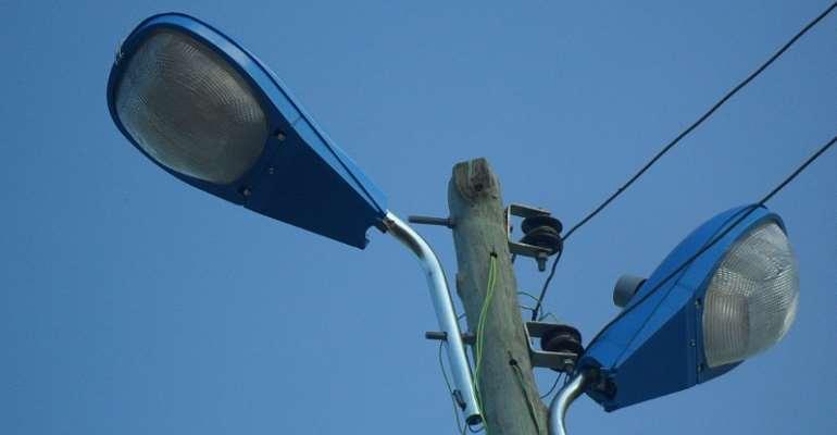 Kpando MP begins distribution of 2,000 streetlights