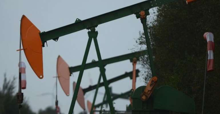 US Oil Prices Shows Negative As Demand Dries Up