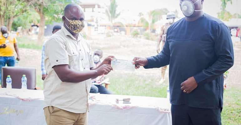 COVID-19: MP's Hospital Supports Health Facilities In Effiduase-Asokore With GHC20,000