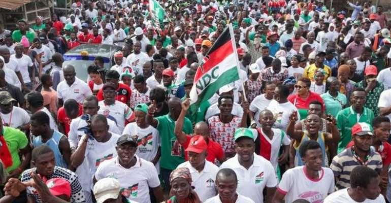 NDC Elikplim Akurugu Fetes Patrons In Dome Kwabenya Constituency