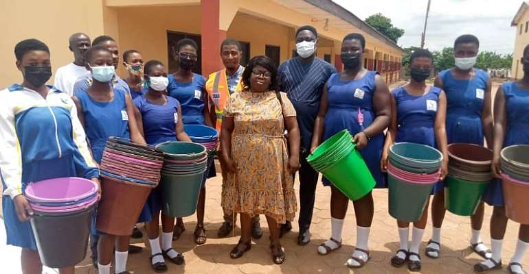 Acherensua Senior High School gets support from Ahafo Regional NADMO