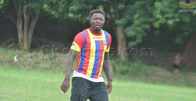 Hearts of Oak Dismiss Reports Of Signing Former AC Milan Midfielder Sulley Muntari
