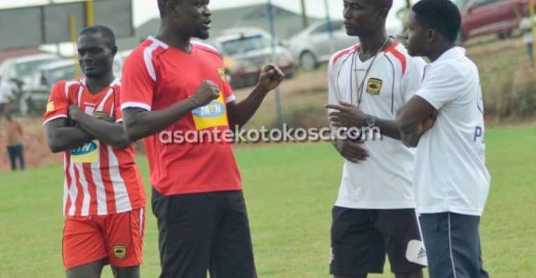 CK Akunnor Rubbishes Claims Of Having Problem With His Players