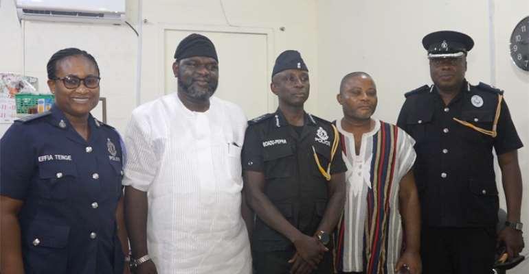 From right is Chief Superintendent Kwesi Ofori in charge of Greater Accra police operations, Emmanuel Chibueze, DCOP Kweku Boadu Peprah , Oloye Yemi Fatuyi and DSP Afia Tenge, Regional PRO