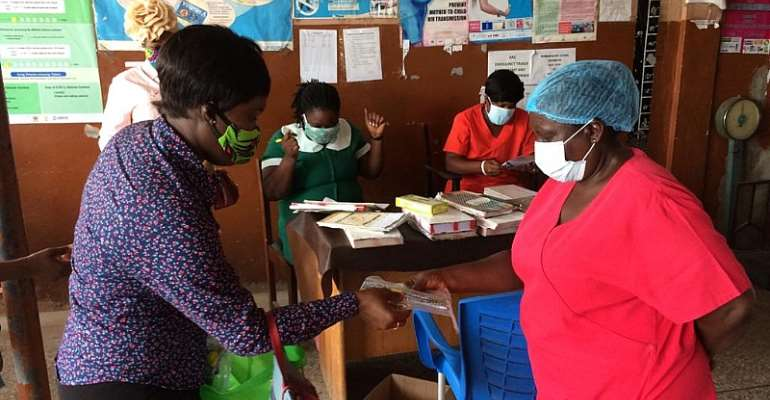 aML Community Donates Nose Masks & Sanitizers To Expectant Mothers In Accra