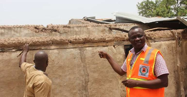 U/E/R: Windstorm Destroys 150 Houses, 400 Trees And 40 Electric Poles In Garu