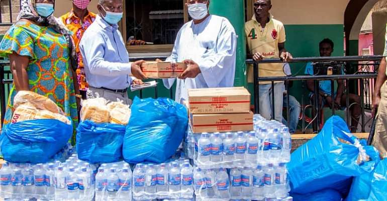 Sanitation Ministry Donates To National Chief Imam