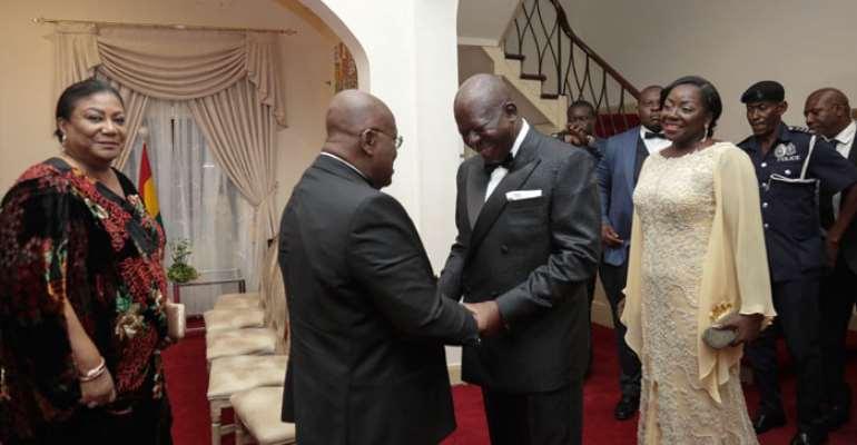 President Akufo-Addo welcoming Otumfuo Osei Tutu II and his wife Lady Julia to the dinner