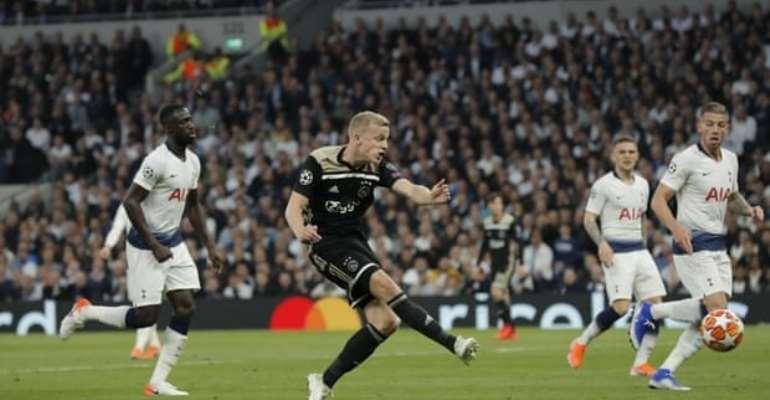 Tottenham Beaten By Ajax In First Leg
