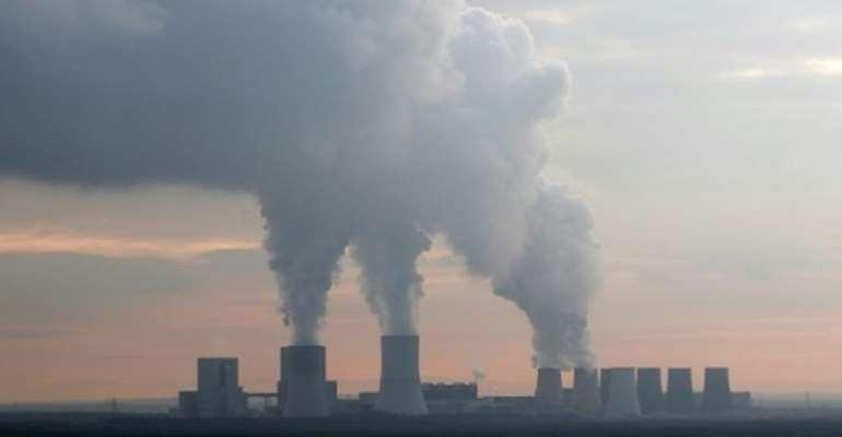Global carbon emissions see 'historic declines' as energy use slumps