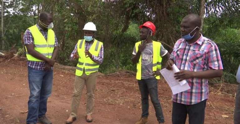W/R: Rehabilitation Works On Asasetre-Gyampre Feeder Road Takes Off